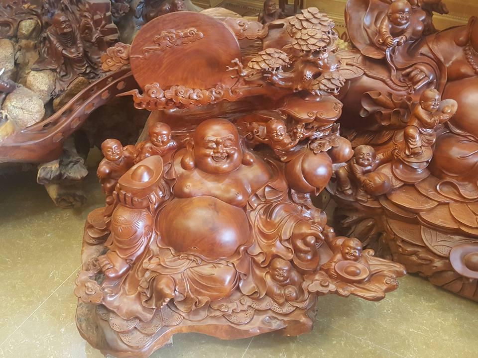 Tượng Di Lặc ngũ phúc ngồi gốc tùng gỗ hương 80x90x70cm