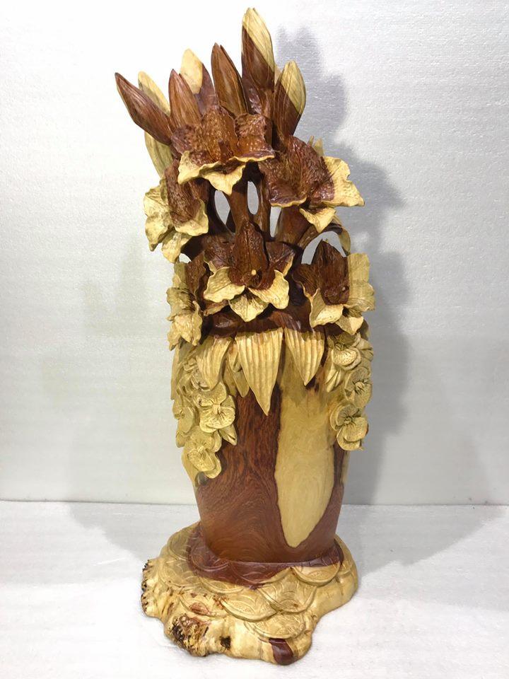 Bình hoa ly để bàn gỗ hương 78x31x35cm