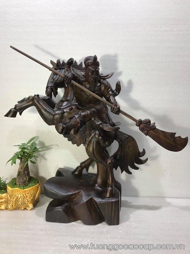 Tượng Quan Công cưỡi ngựa gỗ mun hoa 70x60x22cm