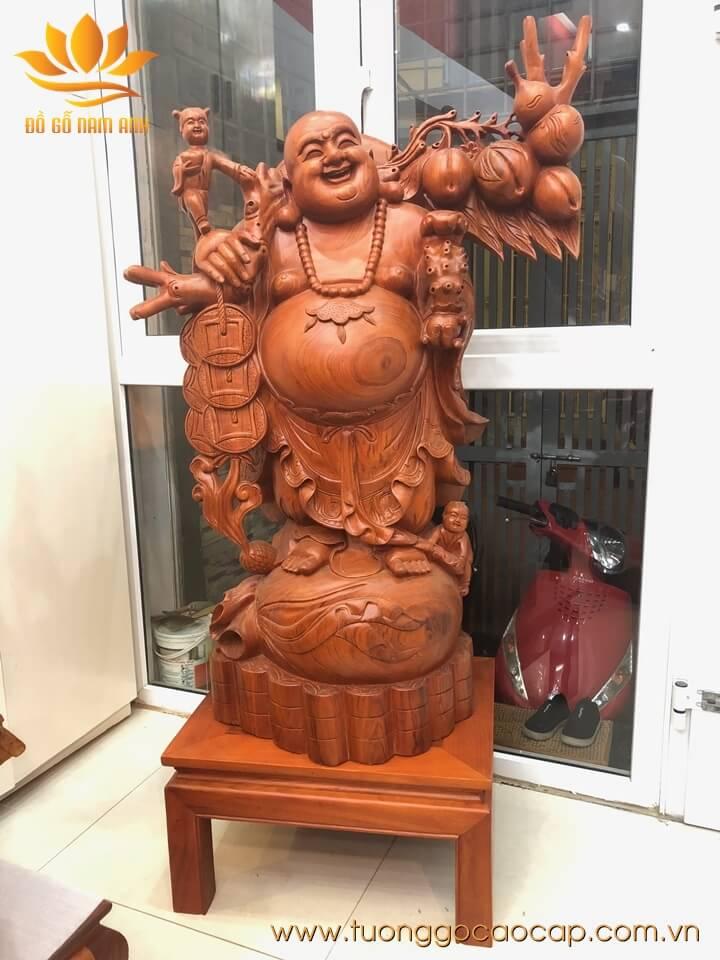 Tượng Di Lặc nhị phúc gánh đào gỗ hương 120x75x42cm