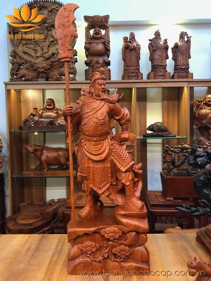 Tượng Quan Công trấn ải gỗ hương 80x31x22cm