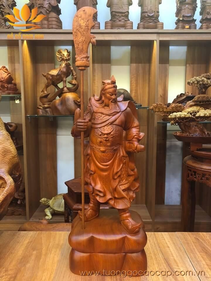 Tượng Quan Công chống đao gỗ hương liền khối 50x20x17cm