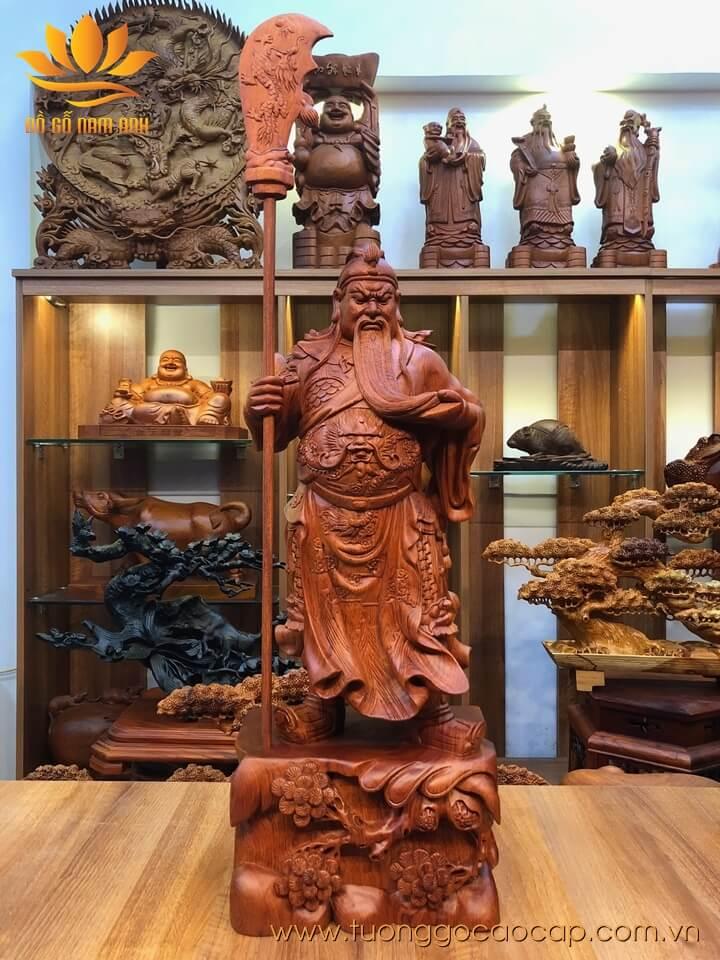 Tượng Quan Công chống đao gỗ hương 70x27x19cm