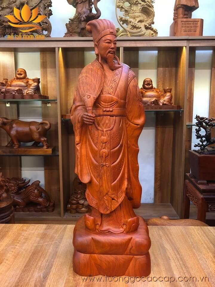 Tượng Khổng Minh gỗ hương liền khối 70x22x16cm