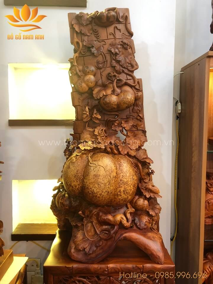 Giàn bí ngô phong thủy gỗ nu hương liền khối 102x50x35cm