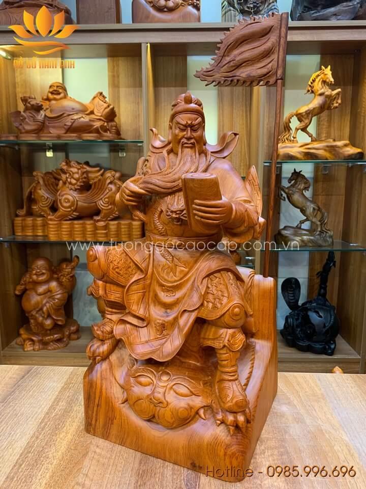 Tượng Quan Công ngồi đọc sách gỗ hương liền khối 50x26x23cm