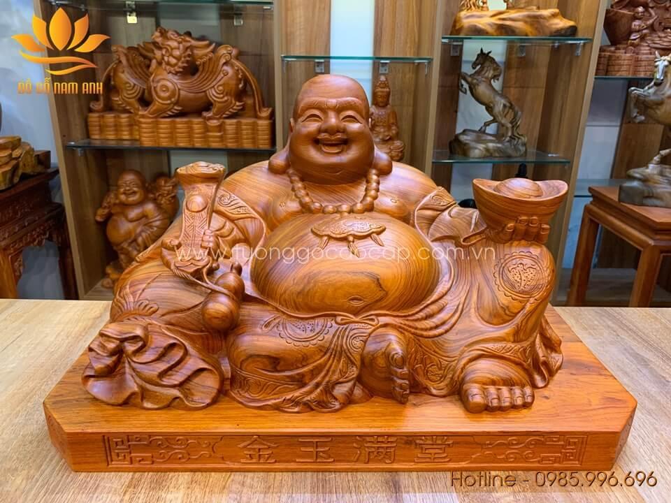 Tượng Di Lặc ngồi bưng vàng gỗ hương loại to 35x60x32cm