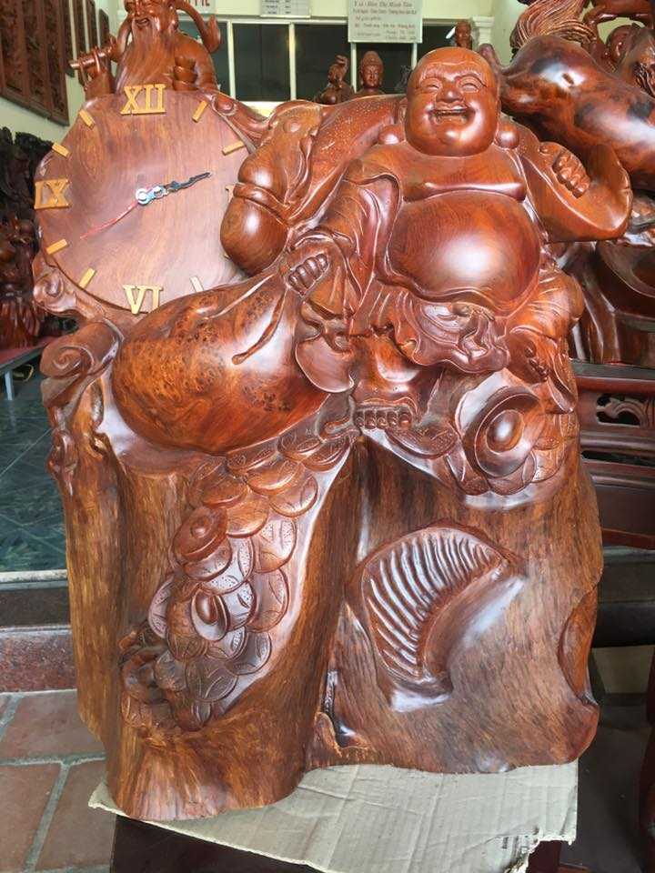 Tượng Di Lạc đồng hồ gỗ hương 66x56x20cm