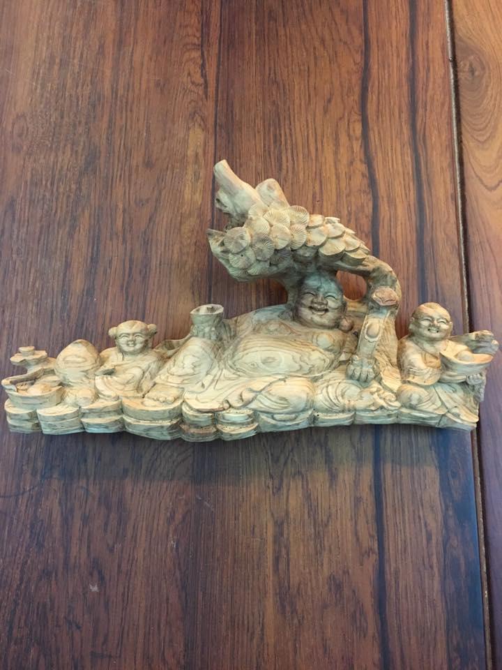 Tượng Di Lặc gỗ sưa 17x32x8cm