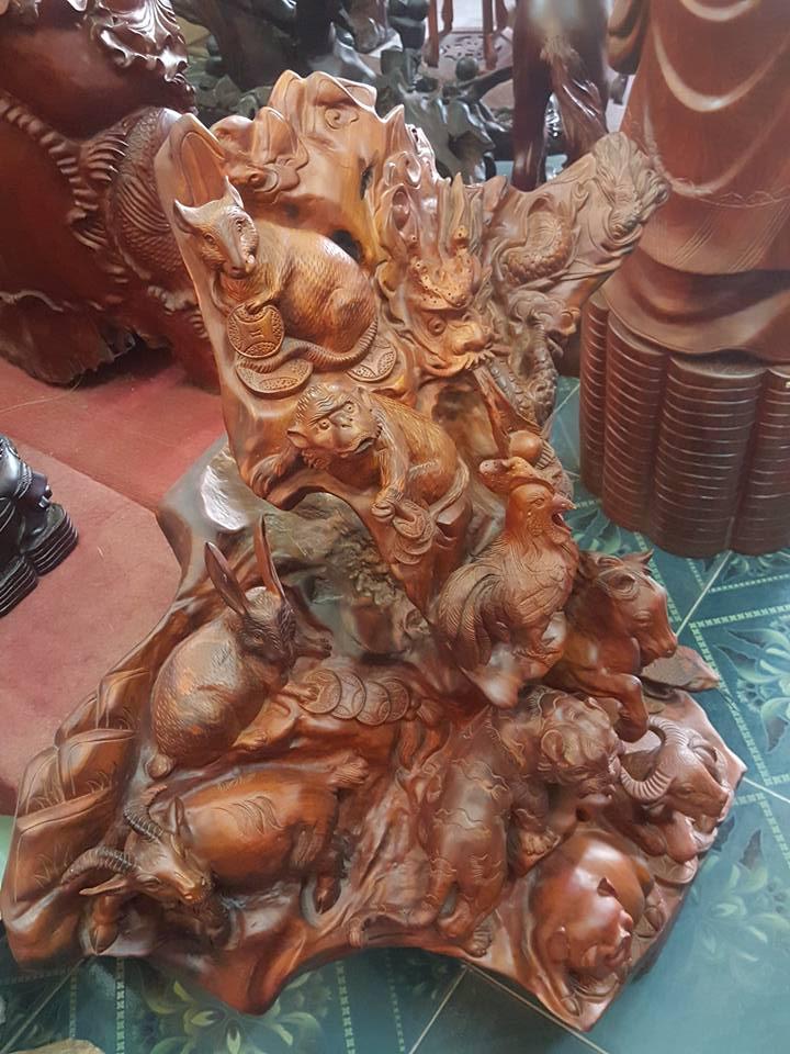 Tượng gỗ lũa 12 con giáp gỗ hương 100x96x58cm
